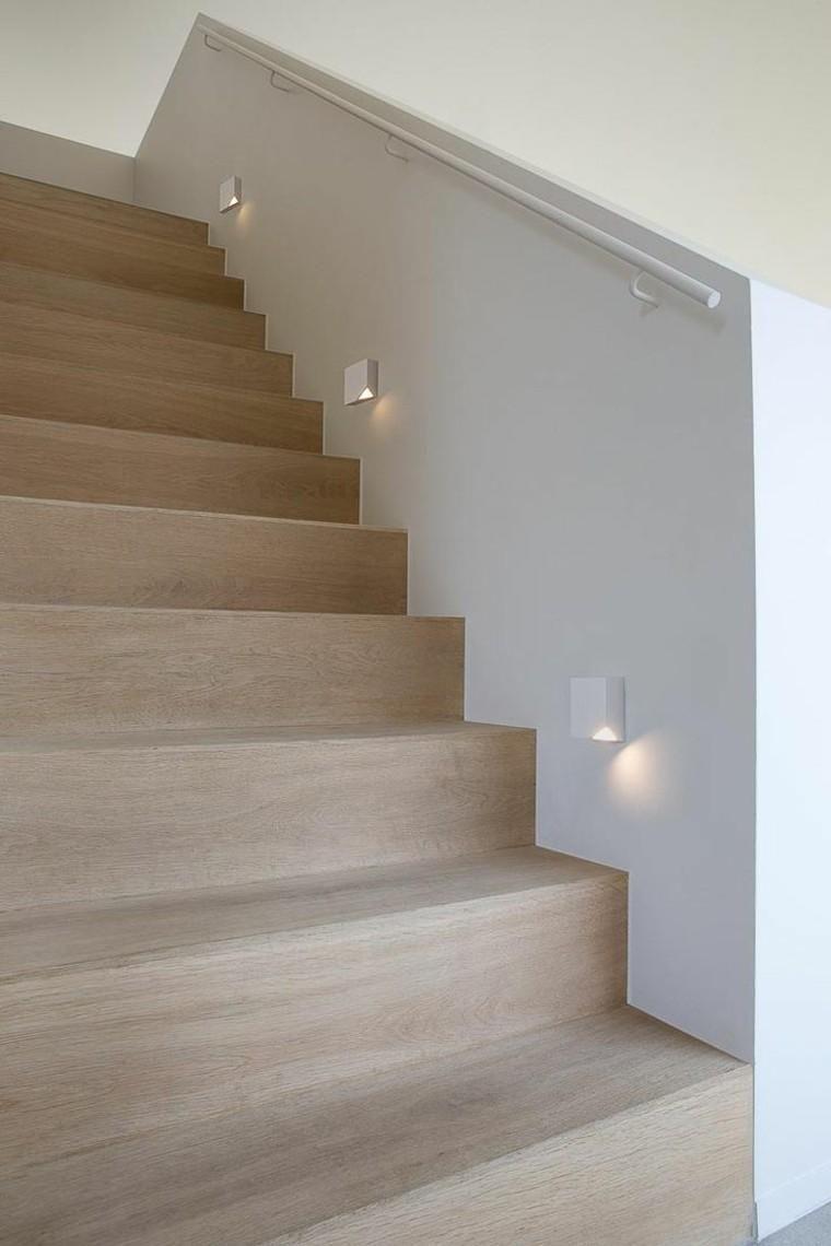 Innen Und Aussentreppen Mit Led Beleuchtung Treppenlicht Treppe Treppe Haus