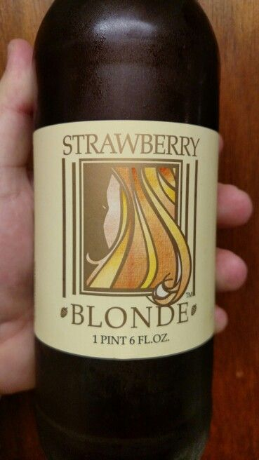 Belmont Brewing Company Strawberry Blonde Com Imagens Cerveja