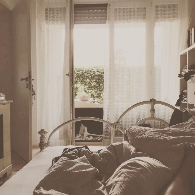 Gemütliches Schlafzimmer in Münchner Wohnung. #Schlafzimmer #München ...