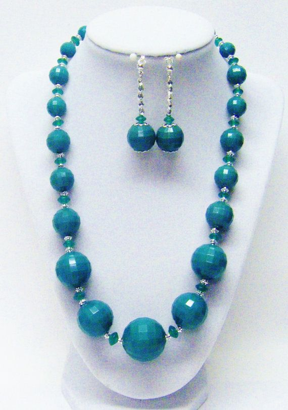 Chunky Dark Green Faceted Acrylic Bead Necklace Earrings Set