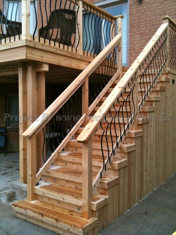 Best Deck Stairs With Iron Railings And Interlock Toronto 640 x 480