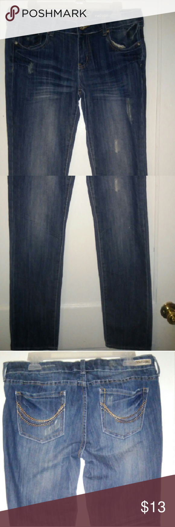 Refuge flirty everyday skinny jeans Jeans have a distressed look on front and back.60%cotton,39%polyester,1%spandex refuge Jeans Skinny