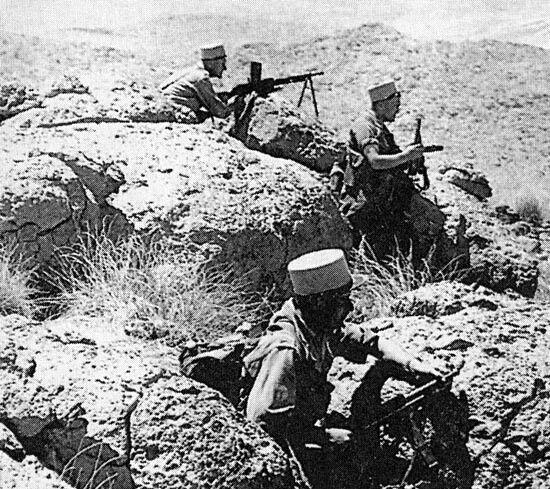 Legionnaires Dans Le Djebel Pendant La Guerre D Algerie