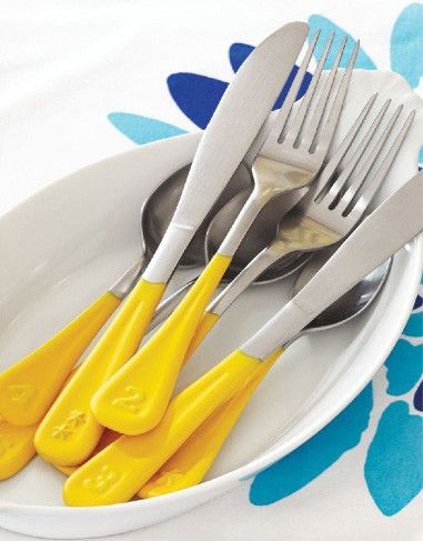 Add numbers/decorations to the bottom of cutlery and then dip them in paint. (Taken from the DIY magazine... digital)