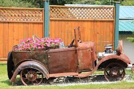 Αποτέλεσμα εικόνας για old car flower pot