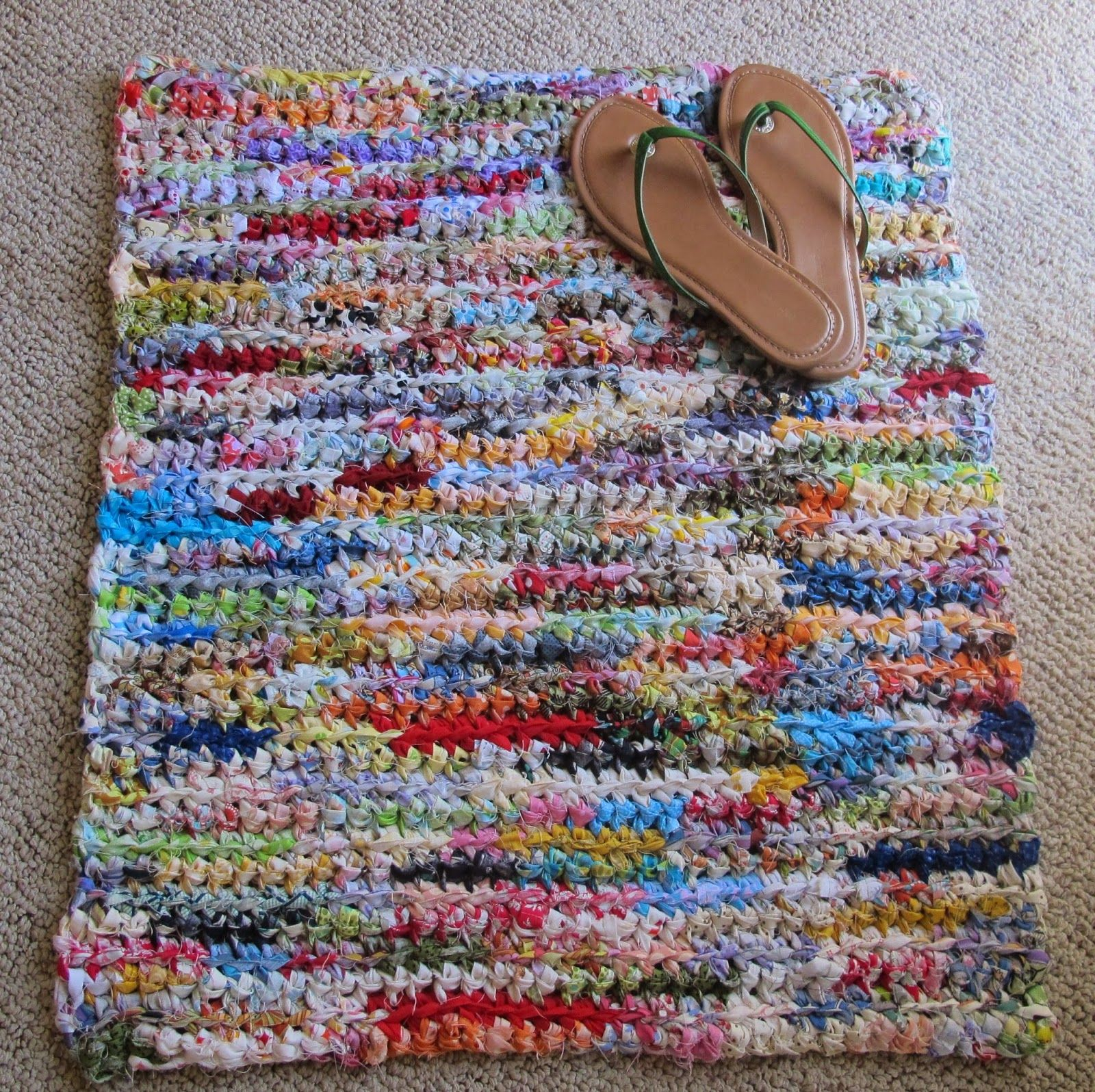 Pieceful: Crochet Rag Rug …