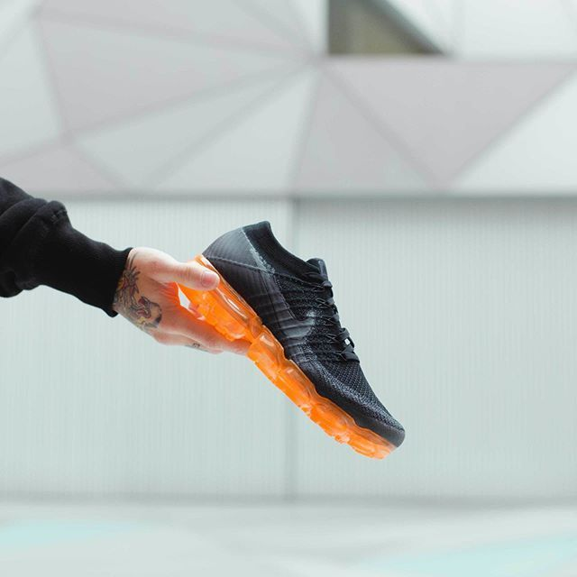 1bf41420097896 Nike Air Vapormax Black Pop in 2019