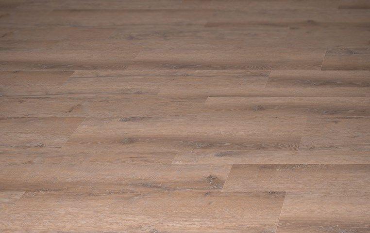 Amtico international manor oak ar0w7970 lvt flooring