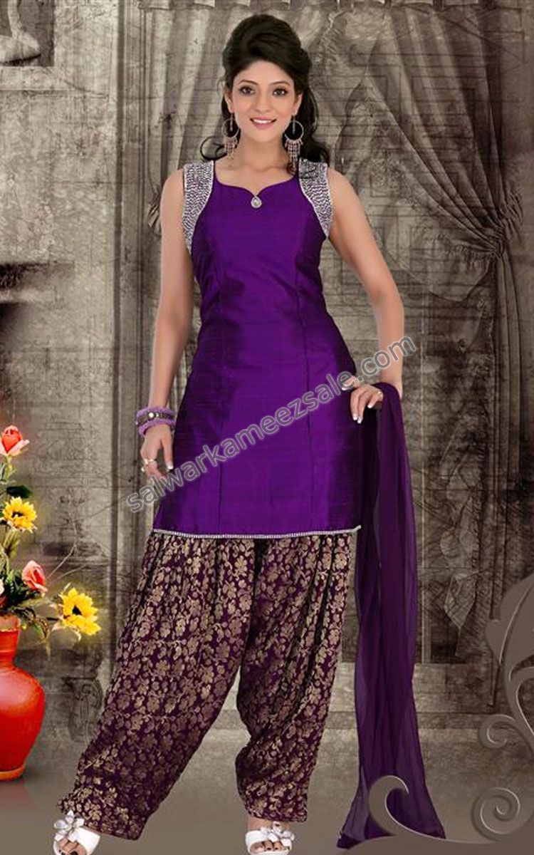 Love the simple kameez with patterned salwar | DRESSING INDIAN ...
