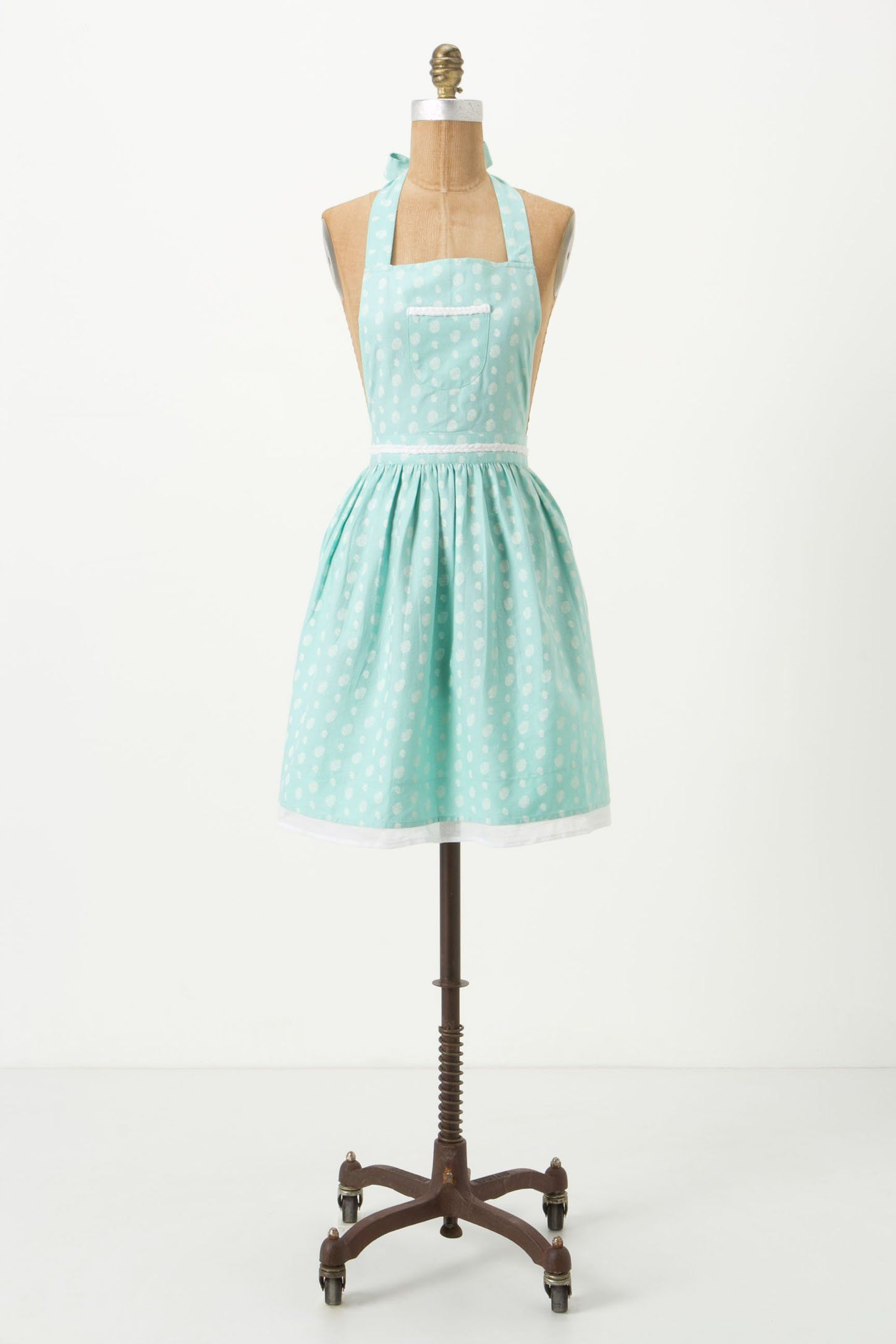 Sugar Spots Apron - Anthropologie.com. I would love to bake even ...