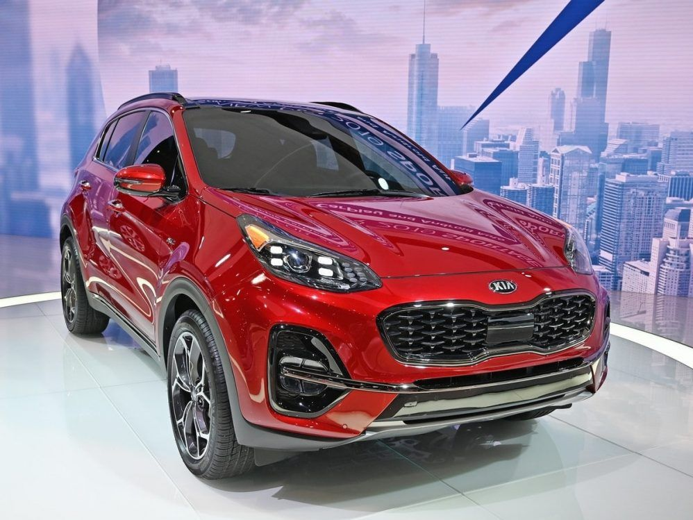 The New 2020 Kia Sportage Featuring The Substantial Beverage In The Compact Crossover Suv Champion Apart From Its Appealing Prices Kia Sportage Kia Sportage