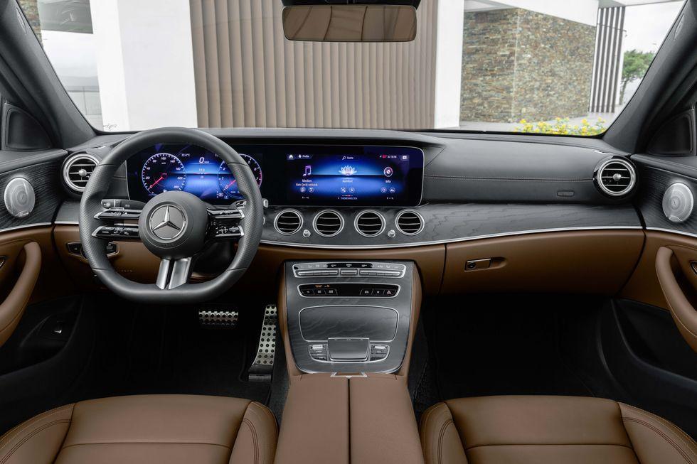 2021 Mercedes Benz E Class Gets Touch Sensitive Steering Wheel In 2020 Benz E Class Benz E Mercedes E Class