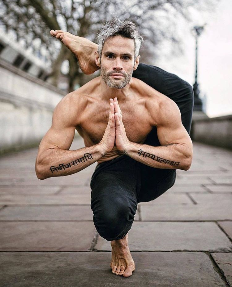 men #man #yoga | Corps yoga, Yoga pour homme, Photo yoga