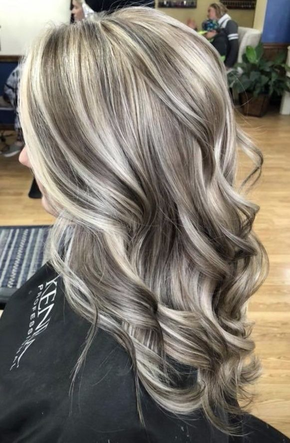 high contrast blonde #platinumblondehighlights