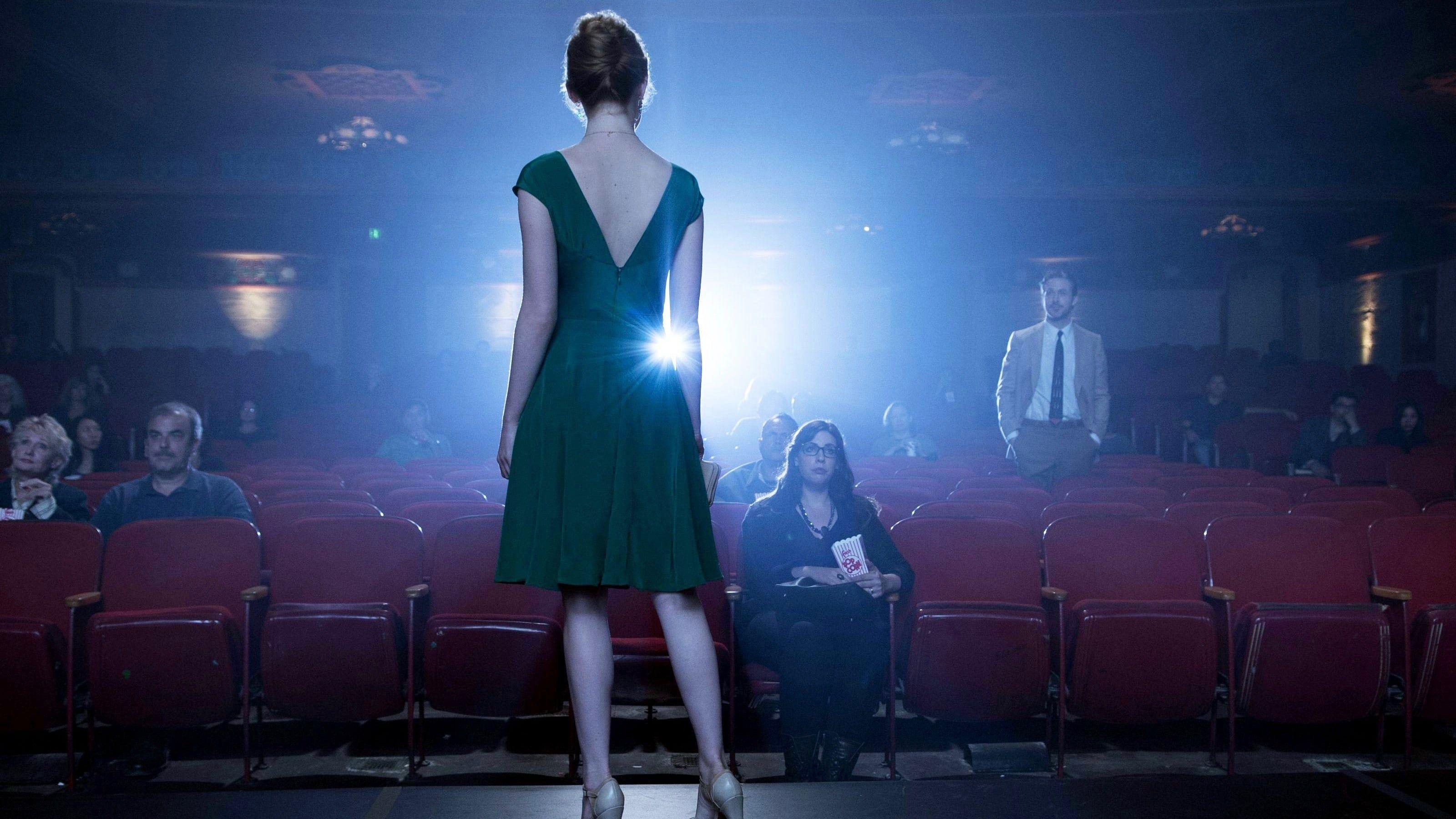 La La Land 2016 Ganzer Film Deutsch Komplett Kino Mia Ist Eine Leidenschaftliche Schauspielerin Die Ihr Gluck In Los Angeles Such La La Land Filme Ganze Filme
