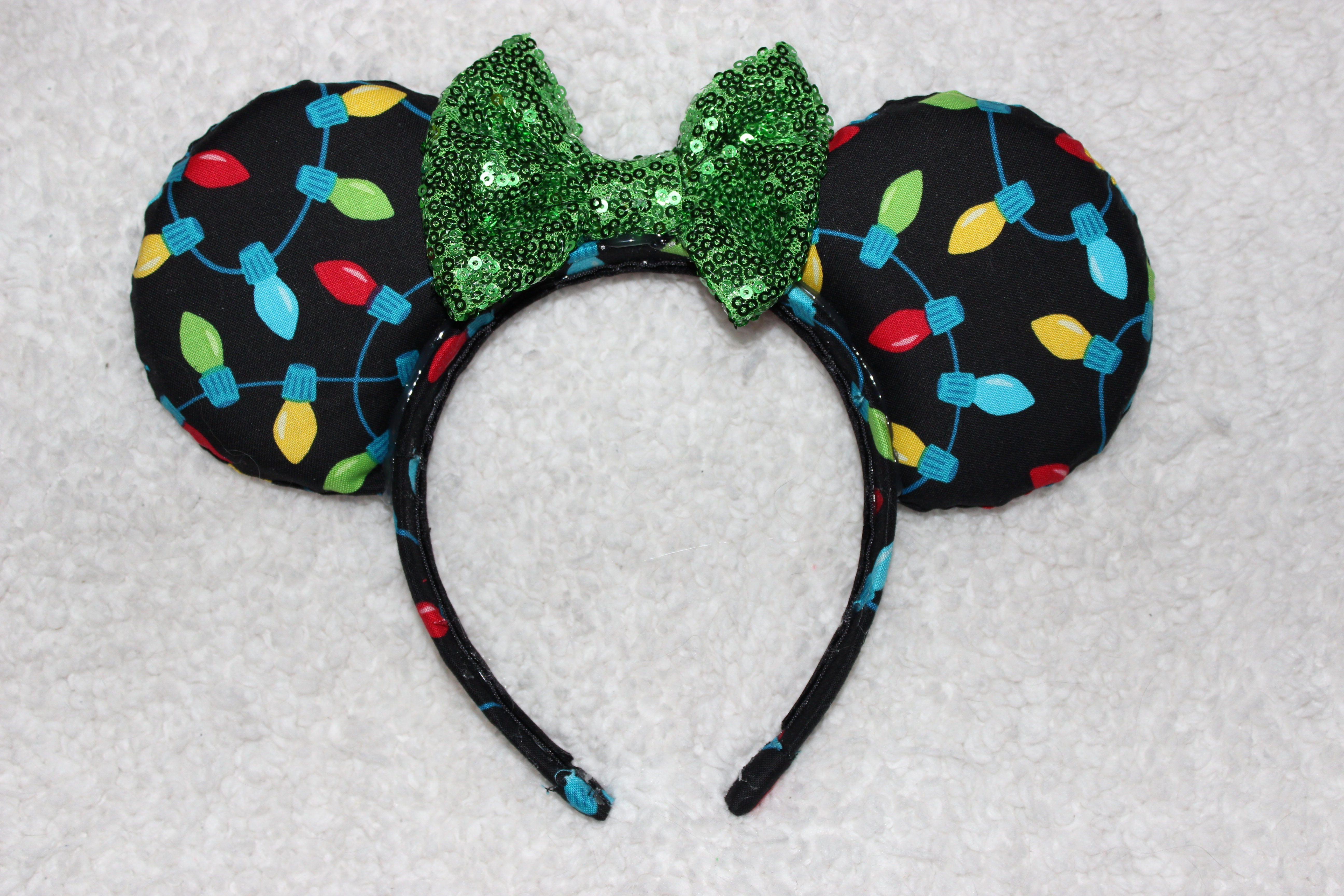 Holiday themed Christmas inspired Mickey Mouse/Minnie Mouse Disney ...