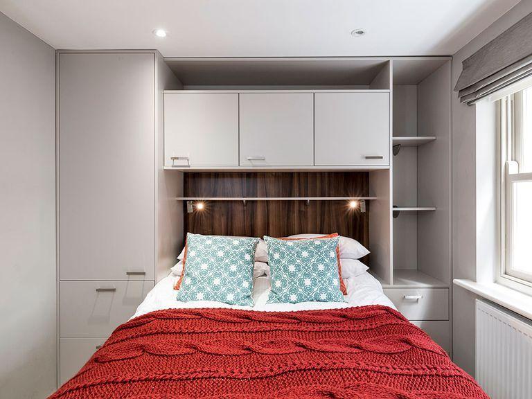 Un peque o apartamento para inspirarse bedrooms for Muebles para un apartamento pequeno
