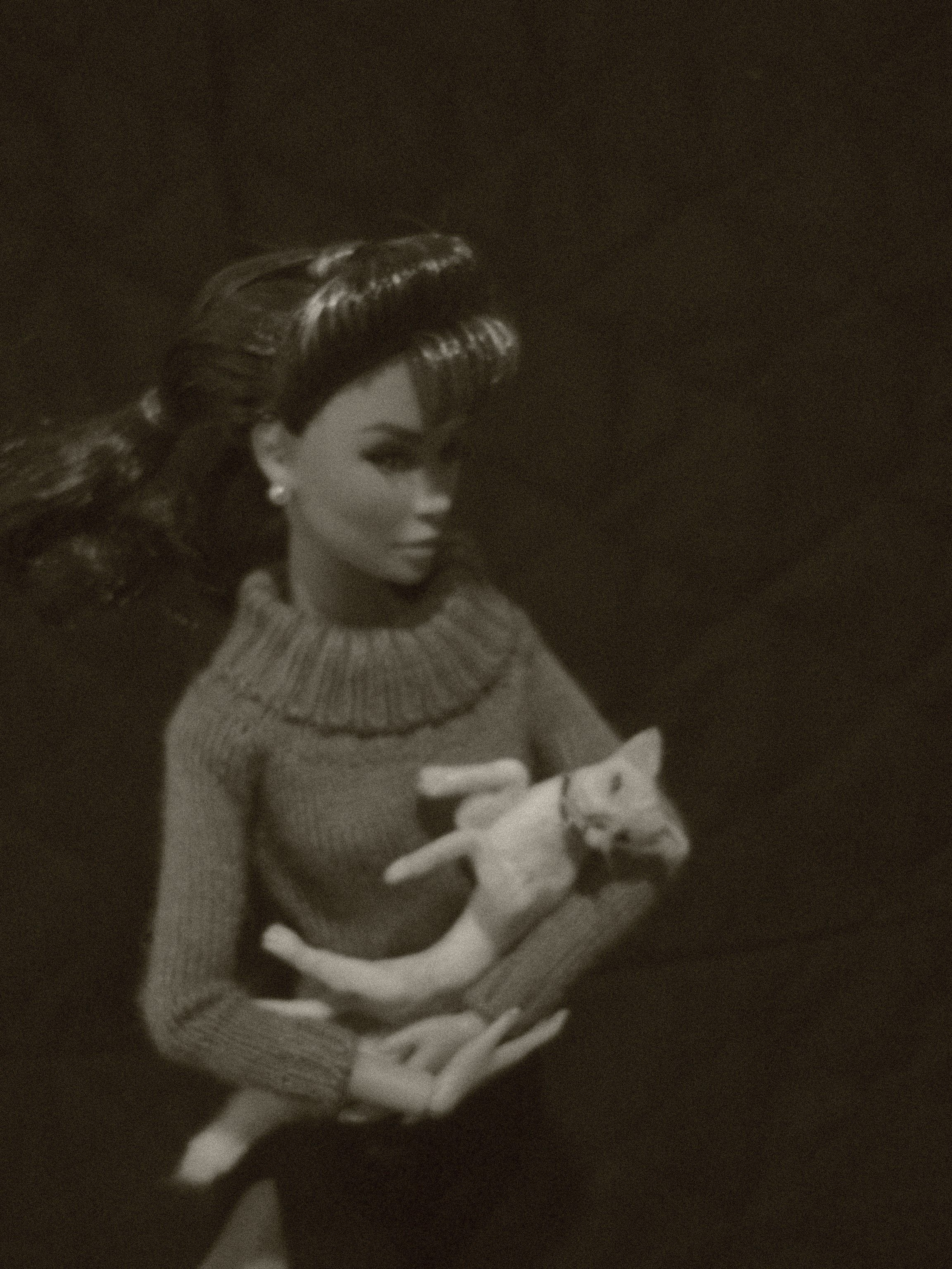 Cat 1:6~ By  incredibly talented  fellow artisan, Lucy Maloney. These are NOT felted!! Amazing, lifelike reproductions!