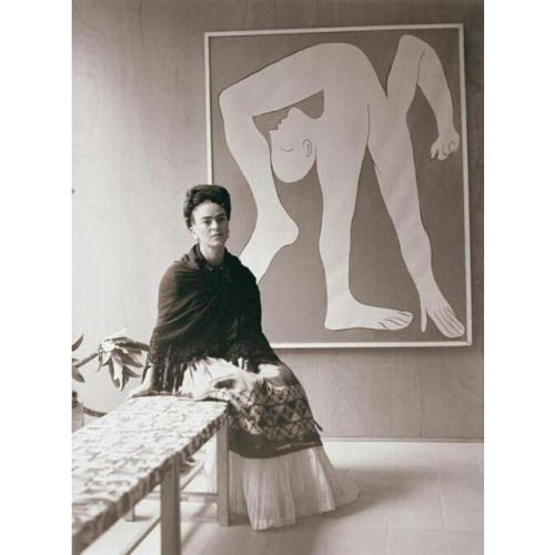 Frida Kahlo at the Pablo Picasso exhibition, Mexico City's Museo de Arte Moderno in 1944.