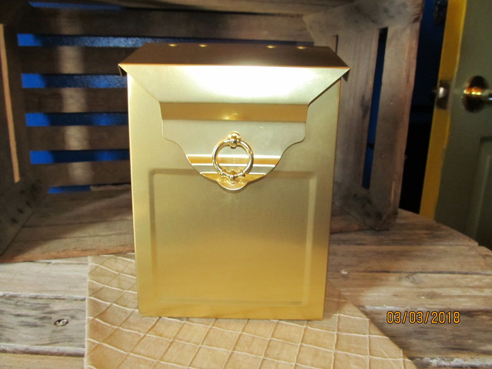 Elegant Brass Hinged Top Vertical Wall Mount House Mount Mailbox ...