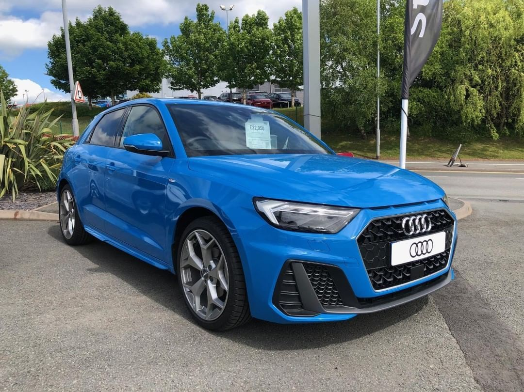 Pin By Chelsea Newbolds On Cool Rides In 2020 Audi A1