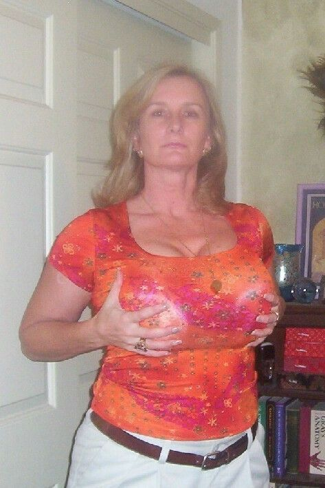 Erotic porn italian pornstar