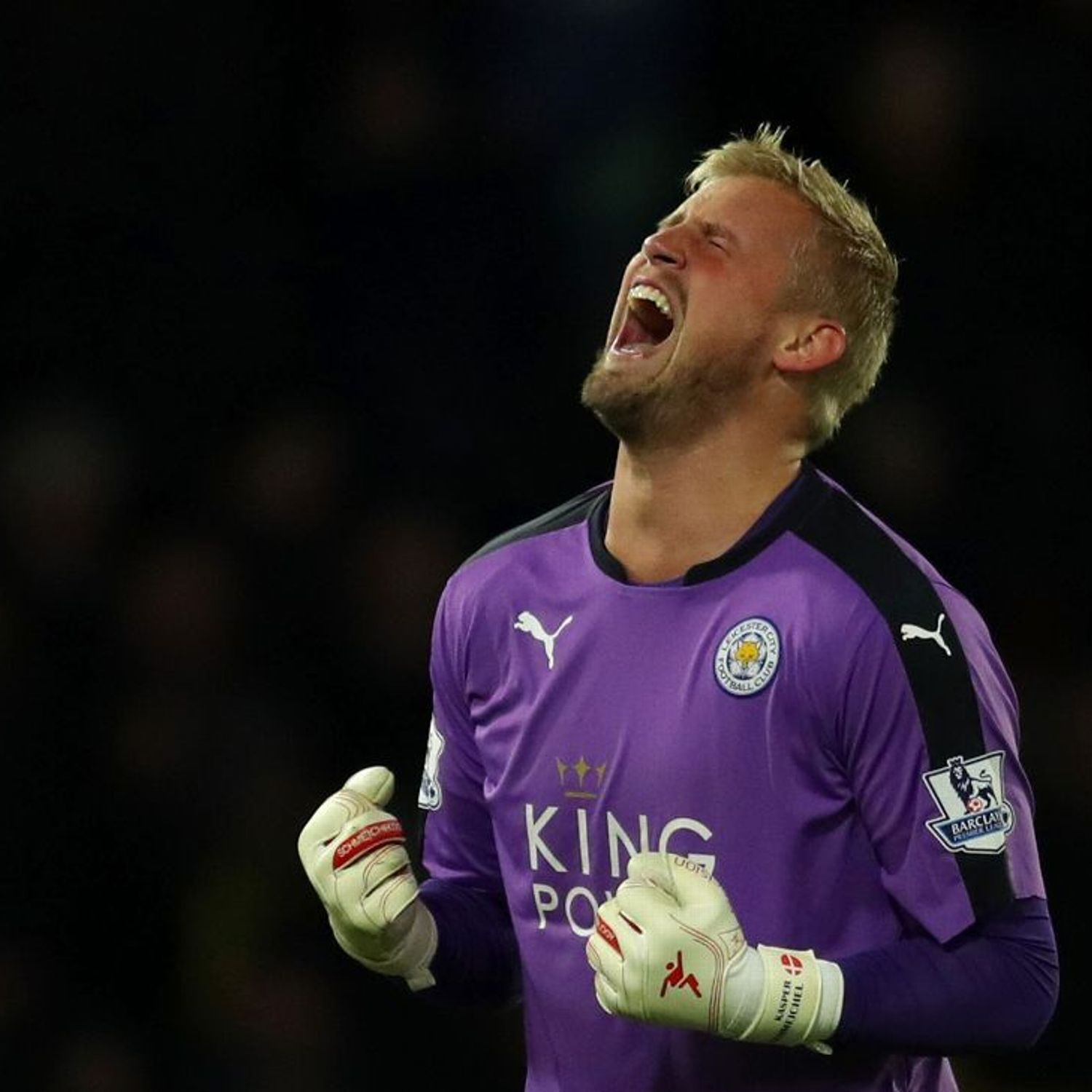 Kasper Schmeichel Signs New Deal To Stay At Leicester City Until 2021 Leicester City Kasper Schmeichel Leicester