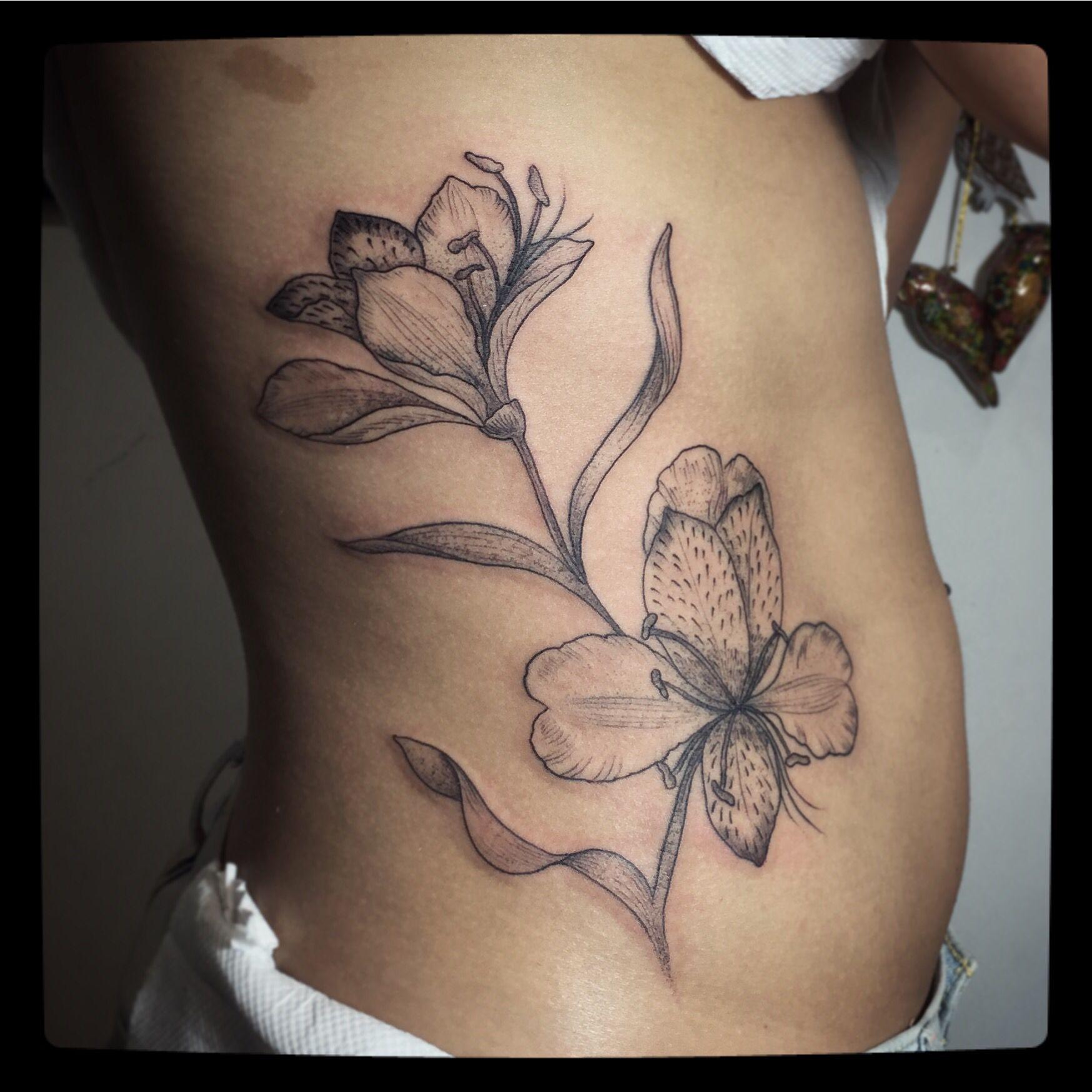 Alstroemeria Tattoo In A Botanicalillustration Style Tattoos Pink Tattoo Lily Tattoo