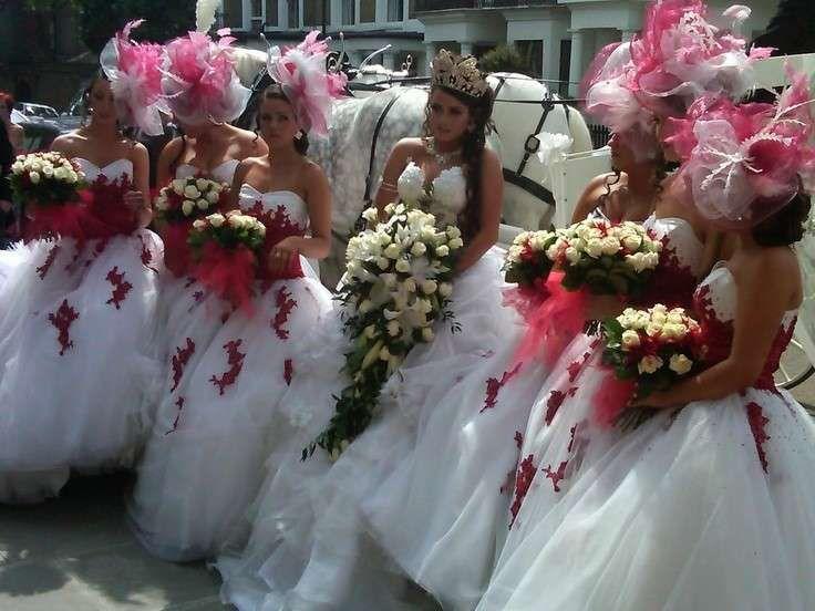 Matrimonio Gipsy Queen : Matrimonio gipsy sposa gipsy allingreso in chiesa world wide