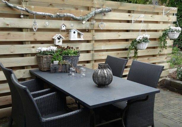 Schutting decoratie tuin idee n pinterest tuin for Schutting intratuin