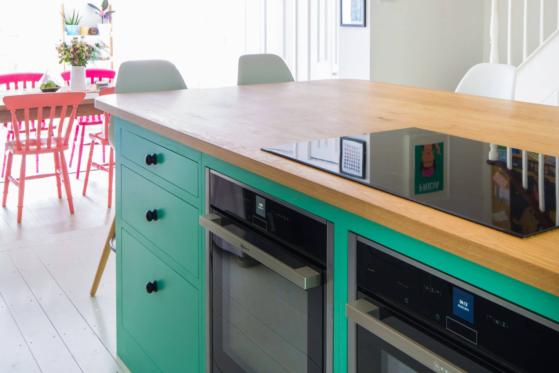 The Colourful Fun shaker Kitchen | Pinterest | Breakfast bar chairs ...