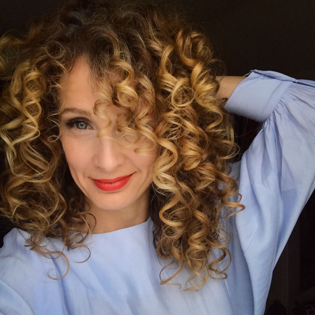 Natural Curly Hairstyles For White Women Google Search Curly Hair Styles Short Curly Hairstyles For Women Short Hair Styles
