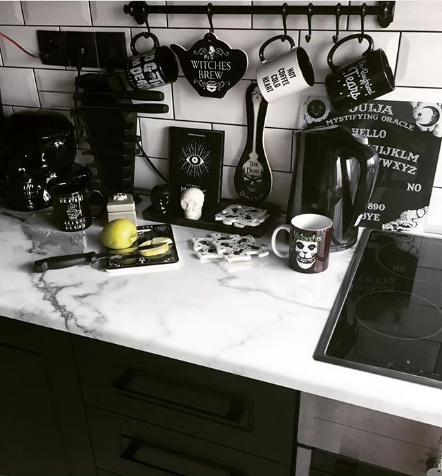 Ug Deathcandy Has The Best Kitchen Repost Deathcandy What Is Your Favorite Goth Inst Cottage Kitchen Design Goth Home Decor Dark Home Decor