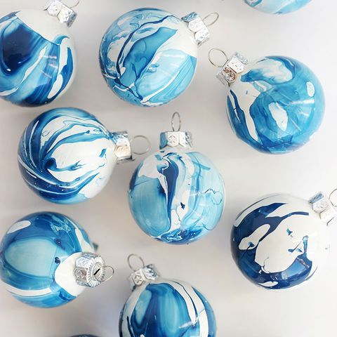 59 Christmas Tree Ornaments Made From Stuff Lying Around Your House -   25 unique diy art ideas