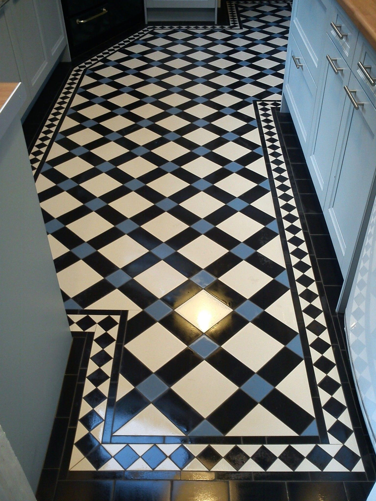 View Full Gallery Of Lovely Victorian Hall Tiles Floor