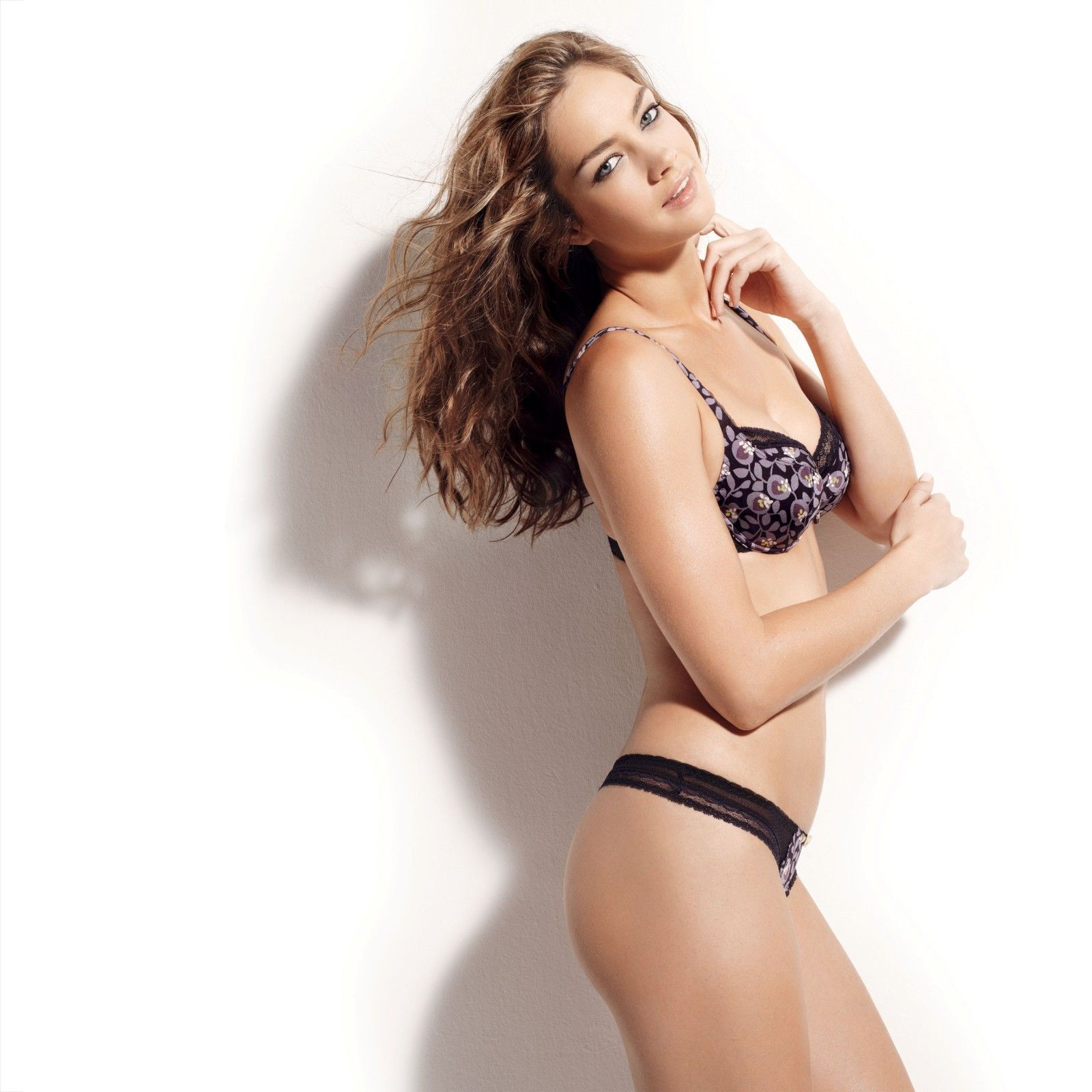 Candice Boucher Download Bikini Pics