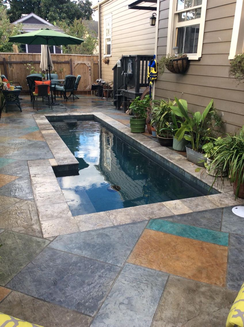Spool Or Cocktail Pool Spa Pool With Stamped Concrete