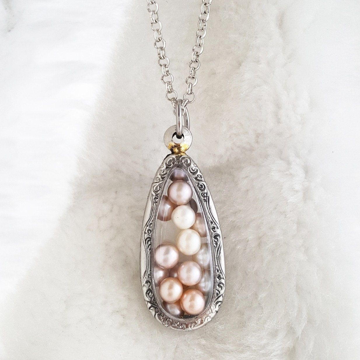 Akoya Pearl Cage Terrarium Necklace For Pick A Pearl Akoya Oyster  # Terrarium Dangle