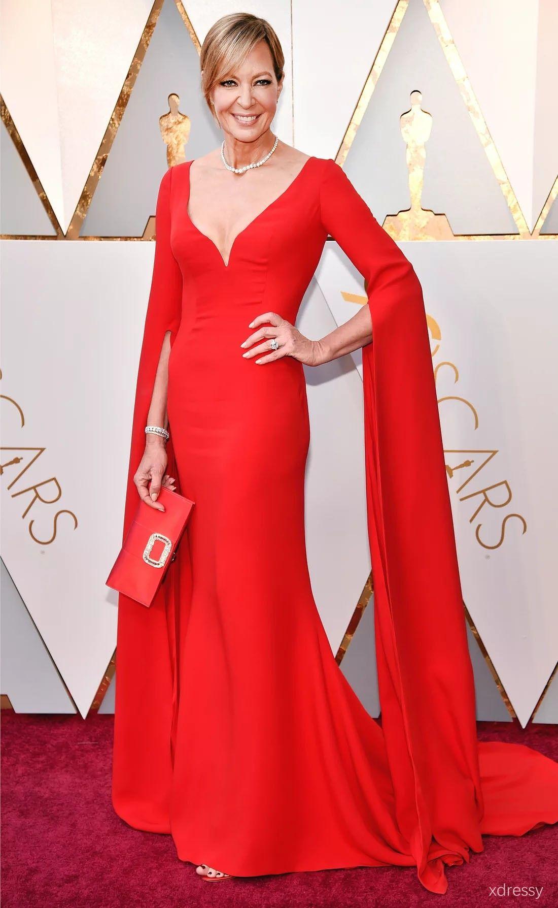Allison janney custom scarlet curved v neck long sleeves red carpet