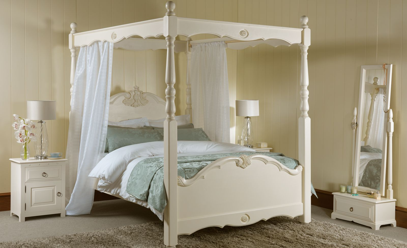 The Orleans Four Poster Beds Handmade 4 Poster Beds from