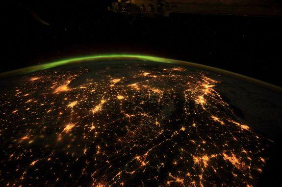 الك رة الأرضي ة المدهشة ت وث ق من الفضاء في فيلم A Beautiful Planet بتقنية Imax 3d Imax Space Documentaries Planets
