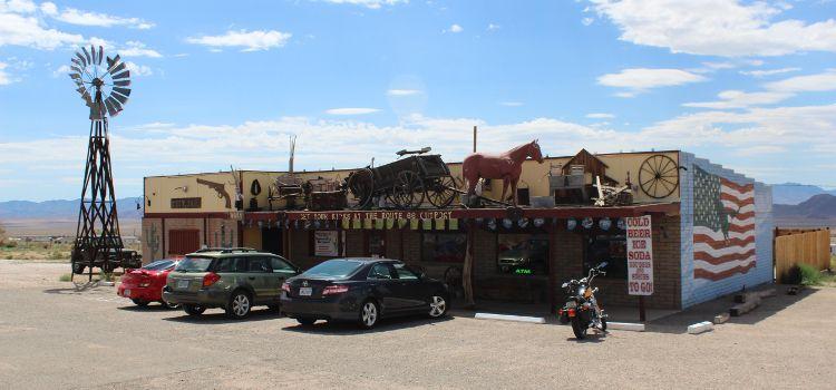 Kingman en Arizona en la ruta 66 por Estados Unidos