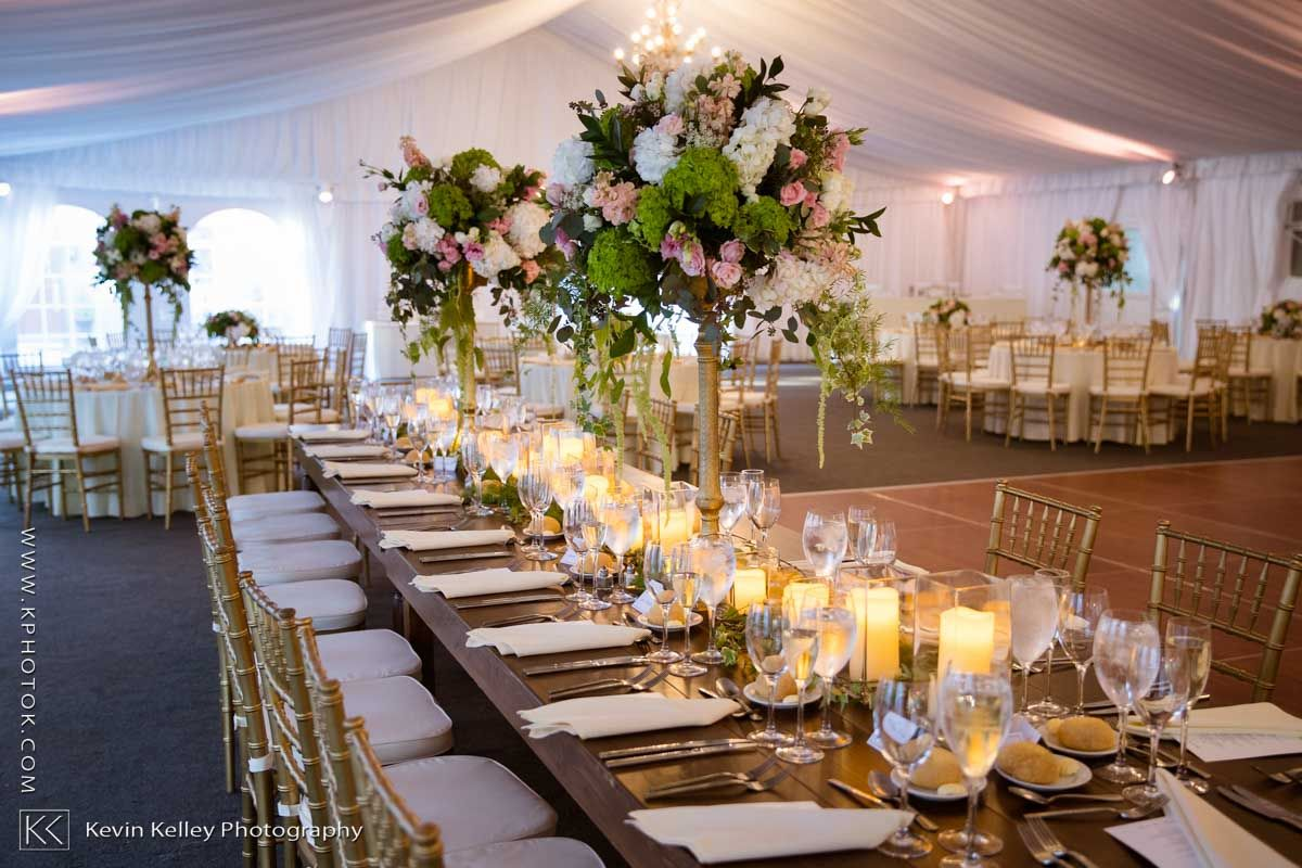 A Lyndhurst Mansion wedding in Tarrytown, NY. Image by