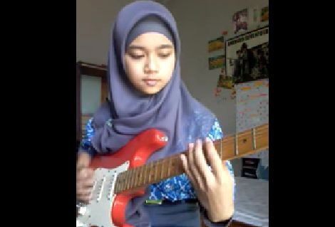 Indonesian Girl Covers The Song Hourglass By Lamb Of God