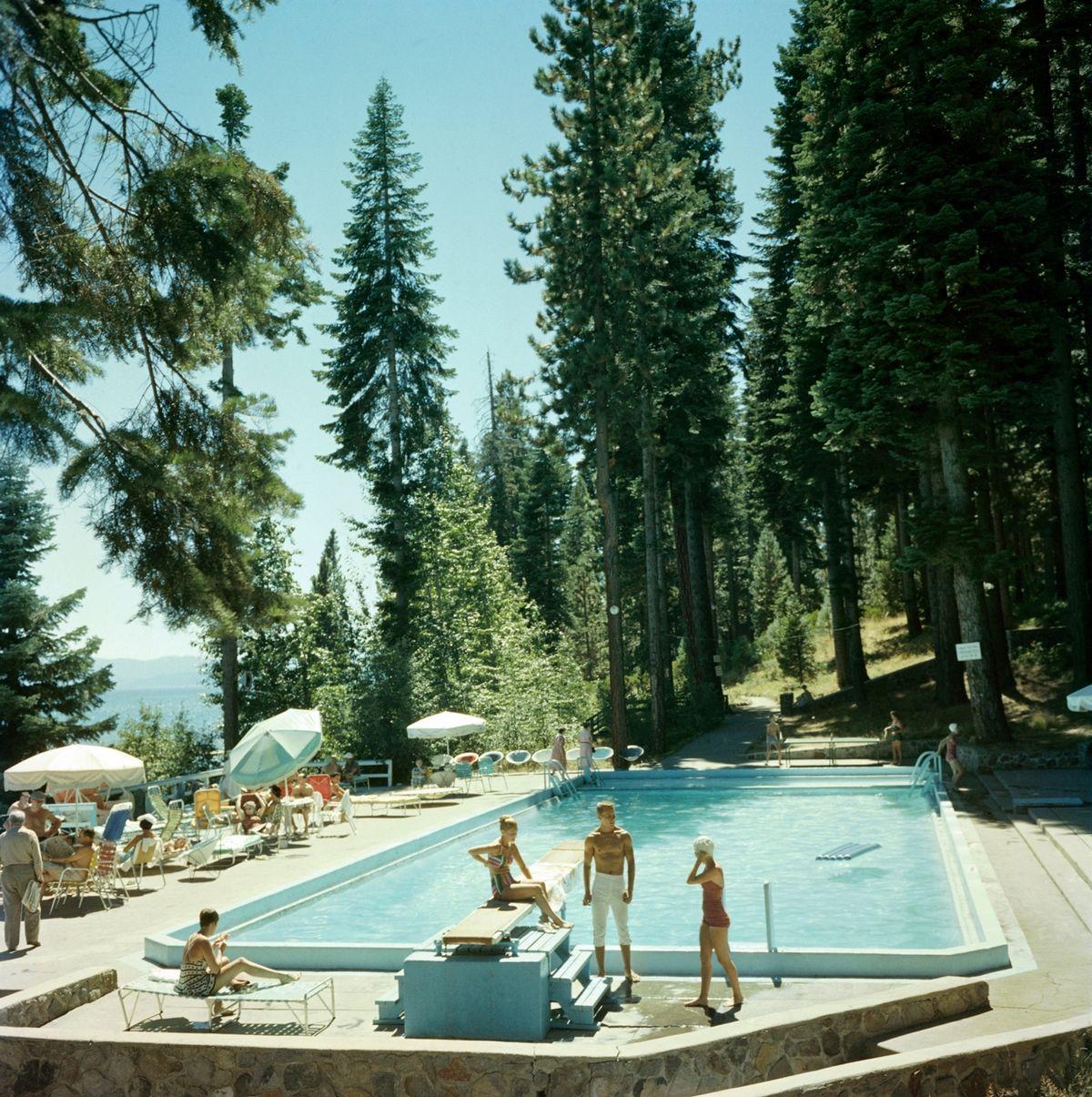 photo pool at lake tahoe slim aarons hanging prints pinterest dessin. Black Bedroom Furniture Sets. Home Design Ideas