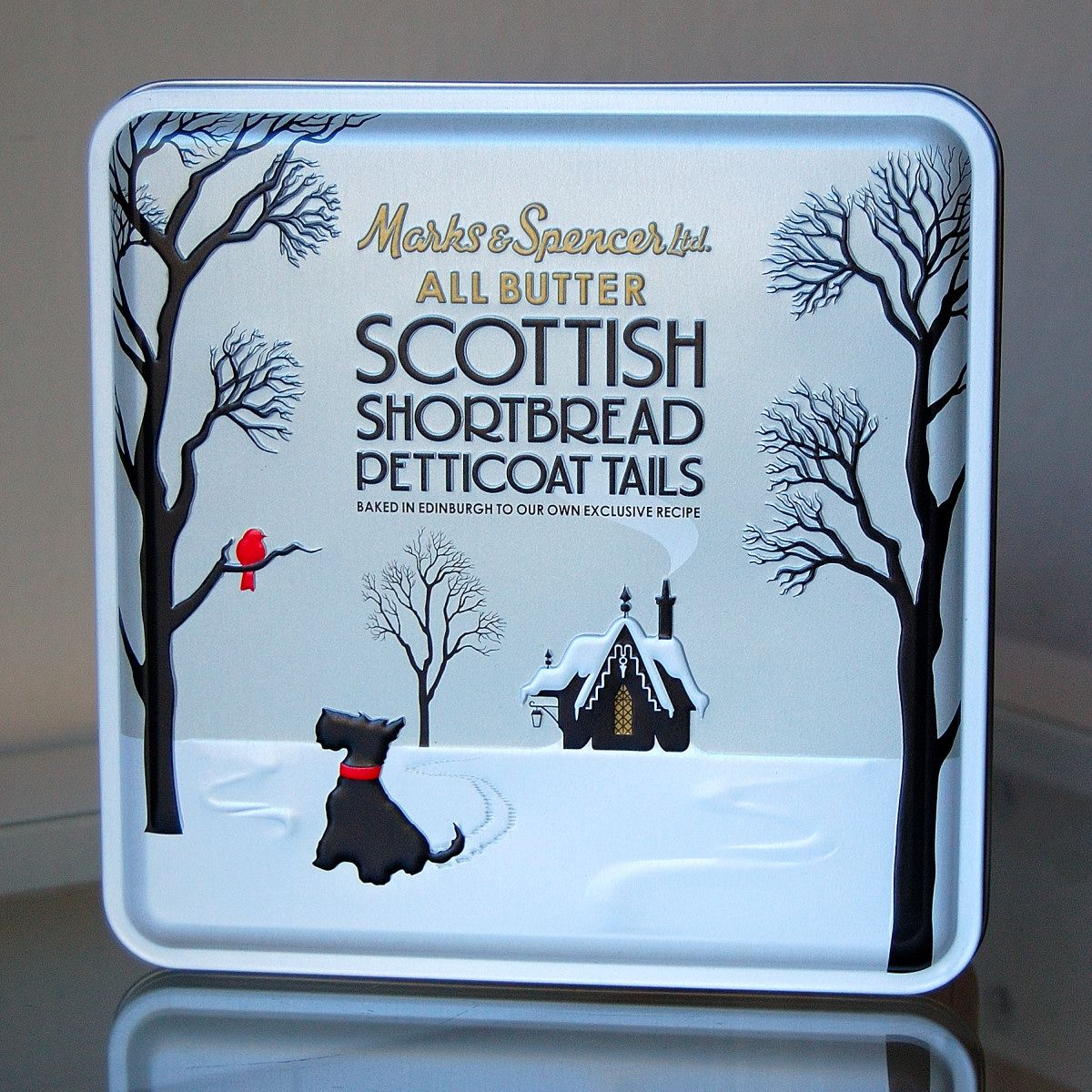 The New Marks Spencer Christmas Tins Christmas Beer Beer Christmas Gifts Marks And Spencer
