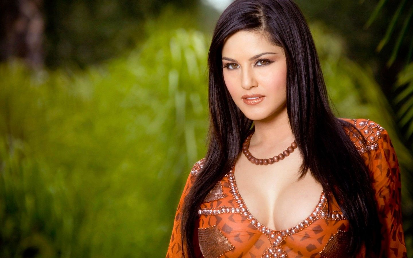 indian actress sunny leone hd wide wallpaper | hdwallpaper