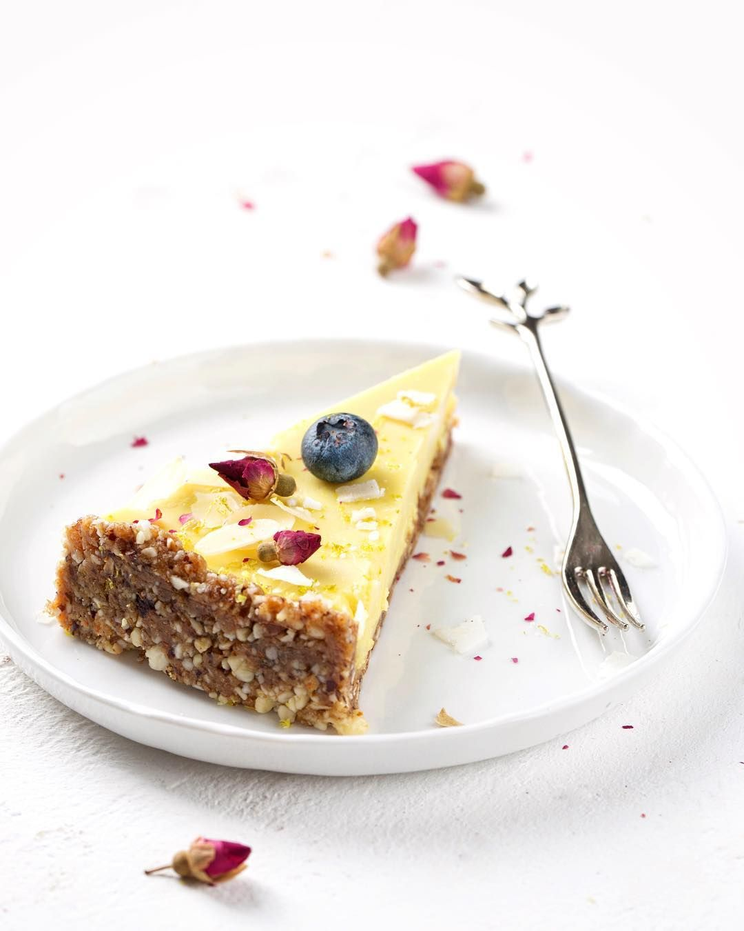 Recept Za Tri Osvjezavajuce Torte S Limunom Donosimo Na Linku Food Torte Desserts