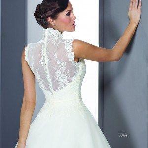 8d3b9348d5 Closed back Wedding Gowns | gelinlikler | Wedding dresses, Dresses ...