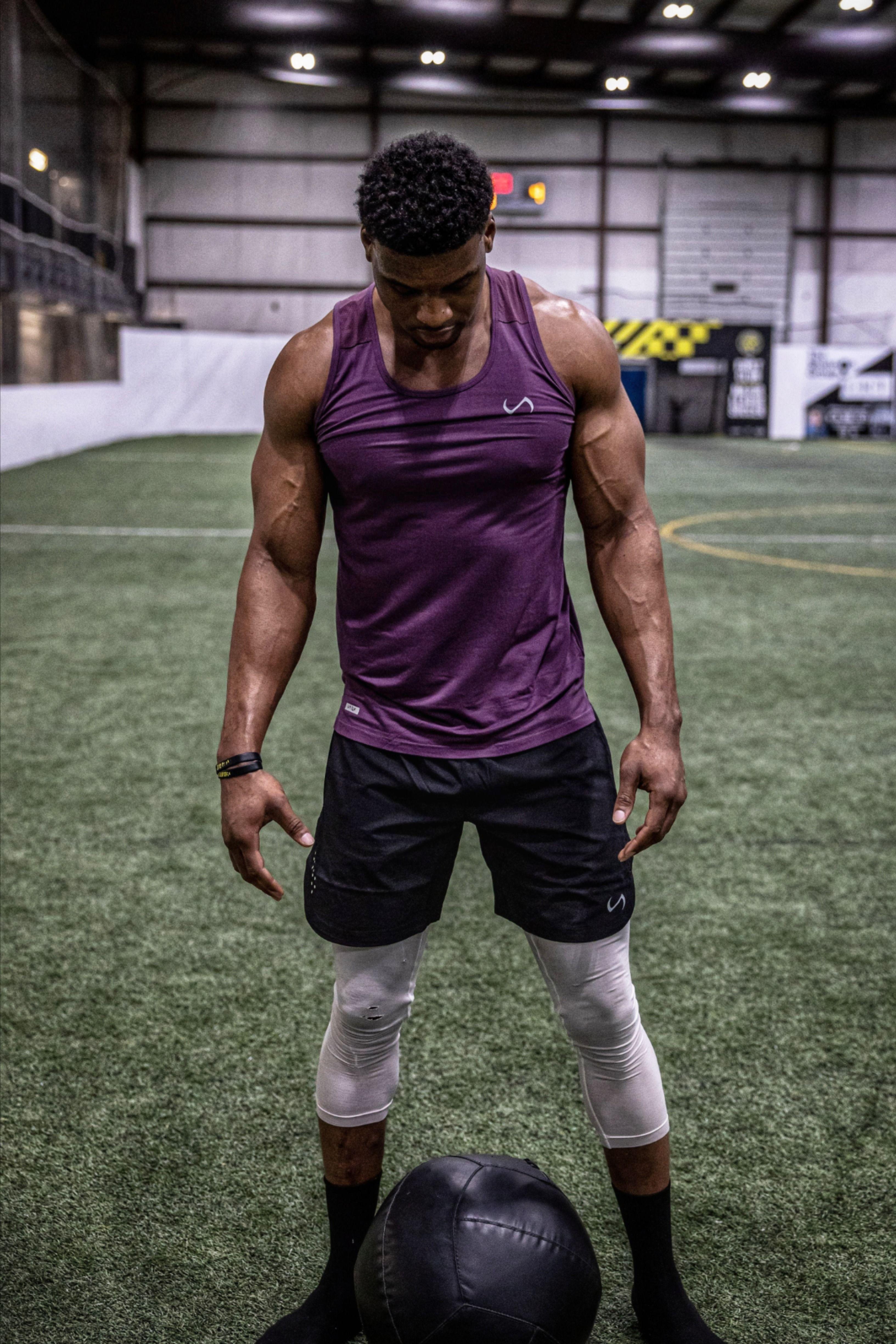 Tlf Maximus Performance Bamboo Tank Yoga Poses For Men Yoga Poses Photography Fitness Photoshoot